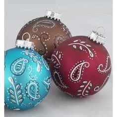 ~ Paisley Glass Ball Christmas Ornaments ~ These would be easy to paint.... in pink!