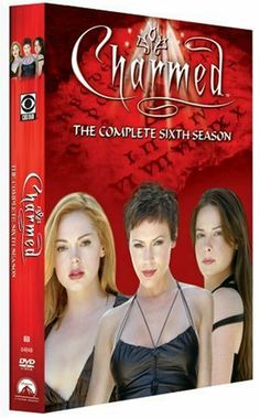 Alyssa Milano, Rose McGowan, and Holly Marie Combs in Charmed Serie Charmed, Charmed Tv Show, Movie Titles, Movie Tv, Arrow E Flash, Charmed Season 6, Supergirl, The Walking Dead, Series Canceladas