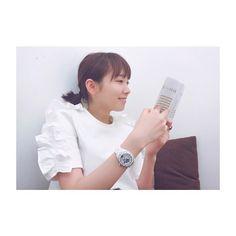 いいね!25千件、コメント93件 ― 飯豊まりえさん(@marie_iitoyo)のInstagramアカウント: 「#mademoiselleJ12 #chanelwatches #J12」