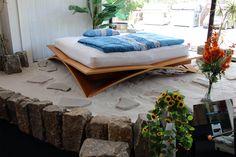 Das Design Bett schlechthin: GOTIK by Nacht-Leben: Designer Klaus Mildenberger greift mit dem Bett GOTIK die Stilelemente der alten Baumeister auf.