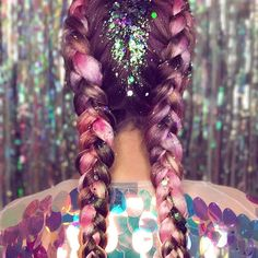 ✨UNICORN BRAIDS ARE THE FUTURE✨ Recreate with our UNICORN GLITTER - Avaliable online www.thegyspyshrine.com
