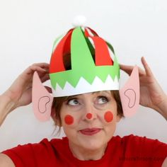 Weihnachtskostme vorhanden This cute, colourful elf hat craft with ears is really easy to make with the FREE printable pattern. Print it and colour or trace around it onto coloured paper. Fun Christmas hats for kids and grown ups! via KidsCraftRoom Kids Crafts, Hat Crafts, Preschool Crafts, Paper Crafts, Diy Paper, Preschool Christmas, Christmas Activities, Christmas Crafts For Kids, Holiday Crafts