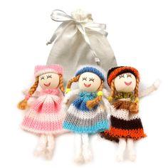 3 niedliche Sorgenpüppchen Glücksbringer im Leinen-Beutel Schmuck & Geschenke Geschenkartikel
