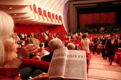 Il pubblico attende l'inizio del concerto inaugurale di #MITO2013 al Teatro Regio di #Torino. by MITO SettembreMusica, via Flickr