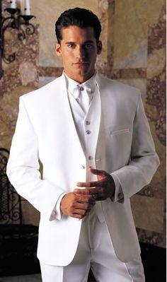 traje blanco elegante