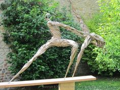 Moondance by Penny Hardy. Dance sculpture from rehearsal sketches of New Adventures and Rambert ballet companies Original Aluminium wire and epoxy resin x x Can be seen at Turrill Sculpture Garden Elements Of Dance, Sculpture Art, Garden Sculpture, Hans Arp, Dancers Pose, Ballet Painting, Installation Art, Art Installations, Art Of Living