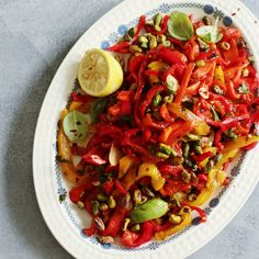 Sicilian Chilli Capsicum Salad Recovery Food, Side Salad, Side Recipes, Fresh Basil, Sicilian, Serving Plates, Grilled Chicken, Vegetable Pizza, Vegetarian Recipes