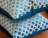 This home-based business does beautiful luxurious decorative pillows. Check them out! Peacock Blue, Teal Blue, Velvet Pillows, Throw Pillows, Gates, Handmade Cushions, Silk Pillow, Home Based Business, Blue Velvet