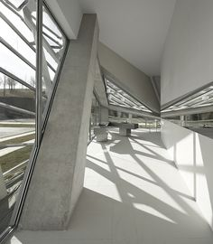 E8 building. Coll-Barreu arquitectos. Urrunaga, Spain