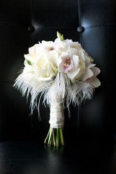 Fabulous Florals: 12 Unique Wedding Bouquets | The SnapKnot Blog | Paired Images