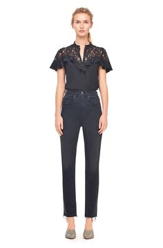 A sheer sweetheart yoke lends romance to the vintage-inspired Silk & Lace Ruffle Top. Lace Ruffle, Ruffle Top, Black Wardrobe, Event Dresses, Silk Crepe, Rebecca Taylor, Fashion 2017, Blouses For Women, Black Tops
