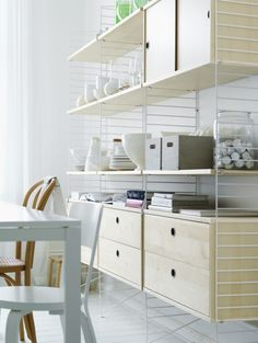 String storage system, white and light wood