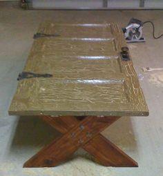 old door cofee table