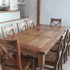 Even though I already shared some pieces from our dinning table, I decided to show it to you in its full beauty... without any decoration. It is such a great woodwork... a masive piece of wood furniture...it was a love at first sight 😊  #farmhouse#farmhousedecor #farmhousestyle#farmhousetable#woodentable#table#wood#masivewood#woodfurniture#interrior#newhome#dinning#dinningroom#chair#home#vidiek#nabytokmirek#nabytok#drevenynabytok#slovakia