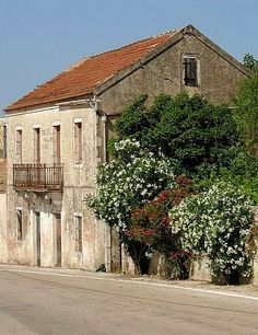 Typical village house.. Vassilikades village (Erissos), Kefalonia Island, Greece Places In Greece, Greece Islands, Village Houses, Corfu, Athens, The Good Place, Greek, Mansions, Architecture