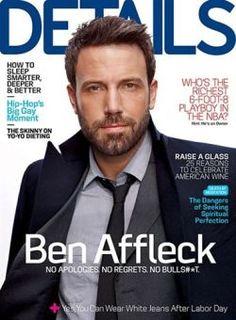Ben Affleck con traje de Salvatore Ferragamo en la revista Details