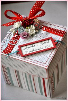 Wedding exploding box with red accents :-)