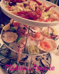 Per noi solo posti top  . .  #restaurant #plateauroyale #plateau #top #milan #pier52 #fish #foodporn #food #foodtop #beautiful #oysters #shrimp #hermitcrab #seaurchins #lovely #enjoy #happy #tartare #sashimi #salmon #lobster #picoftheday #bestofthedays #instafood #instafish #instagood #instacool #instagram #instalove  @lorry_85 @pier52milano