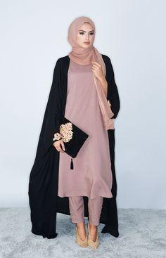Aab UK Tea Pink Slip Dress : Standard view