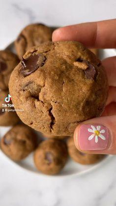 Healthy Dessert Recipes, Vegan Desserts, Healthy Desserts, Fun Baking Recipes, Sweet Recipes, Cookie Recipes, Delicious Vegan Recipes, Delicious Desserts, Yummy Food