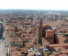 Roman Catholic Archdiocese of Bologna Cities In Italy, Regions Of Italy, Italy Vacation, Italy Travel, Santa Maria, The Two Towers, Oui Oui, France, Roman Catholic