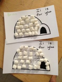 Kindergarten and Mooneyisms: Letter I Activity – Marshmallow Igloos (and a Math Bonus!) Kindergarten und Mooneyisms: Letter I-Aktivität – Marshmallow-Iglus (und ein Mathe-Bonus! Preschool Projects, Preschool Class, Daycare Crafts, Classroom Crafts, Preschool Lessons, Preschool Winter, Winter Preschool Activities, Winter Crafts For Toddlers, Eyfs Activities