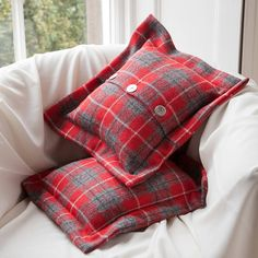 Looking for some cushion ideas - Harris Tweed Cushions (http://m.notonthehighstreet.com/jockandmorag/product/harris-tweed-cushions)