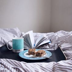 What's better than curling up in a cozy bed with a great book? #MugMonday photo via @1mantra #PANTONE