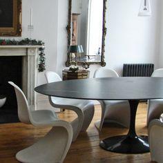 KNOLL Saarinen Oval Tulip Black Marble Dining Table | Material-Life.Co.Uk