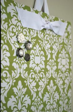 Love this fabric covered magnetic board, chic and practical!