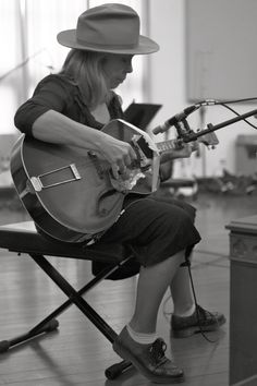 The other side of Rickie Lee Jones   The Citizen