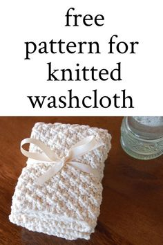 Hand Knit Washcloths They make the perfect gift and are also pretty great to use in your own home Knit Knitted HandKnit Washcloth dishcloth gift giftidea Beginners Knitting Kit, Beginner Knitting Patterns, Easy Knitting Projects, Knitting Kits, Loom Knitting, Free Knitting, Baby Knitting, Knitting Tutorials, Start Knitting