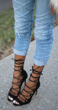 Strappy laceup Heels Sandalettes ❤ Pinned by Cindy Vermeulen. Please check out my other 'sexy' boards. Lace Up Heels, Sexy Heels, Strappy Heels, Shoes Heels, Dream Shoes, Crazy Shoes, Me Too Shoes, Heeled Boots, Shoe Boots