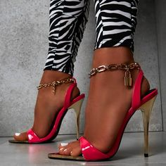 Beautiful ankle chain strap stiletto sandals, featuring a lock detail and an open toe silhouette. Moreover, this style is available in 3 colors. Black, brown and pink.