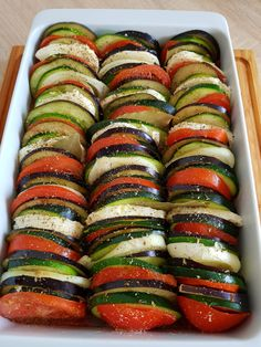 20180206_124611 Ratatouille, Cooking Time, Cooking Recipes, Healthy Recipes, Baked Vegetables, Veggies, Romanian Food, Chicken Recipes, Good Food