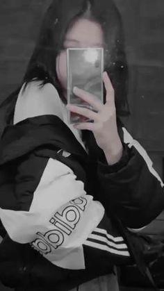 Just Video, Blackpink Video, Aesthetic Videos, Aesthetic Pictures, Foto Rose, Kpop Gifs, Dance Kpop, Blackpink Poster, Korean Girl Photo