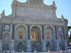 Fontanone del Gianicolo - Acqua Paola con stemma della famiglia Borghese (l'aquila e il drago)