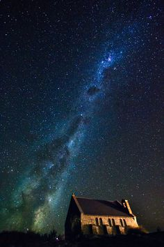 How to take photos of the Milky Way - I've been taking lots of night photos recently so I decided to write a blog post on how to best capture the glorious milky way in the sky.