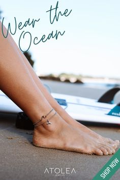 Embrace the beach vibes with our Whale Tail Anklet! This is the perfect addition to any summer outfit. Find this octopus earrings and more ocean jewelries at atoleajewelry.com