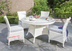 Bàn ghế cafe nhựa giả mây được sản xuất bằng khung sắt sơn tĩnh điện, phù hợp cho các quán cafe, sân vườn , resorts...sản phẩm được sử dụng ngoài trời và chịu được sự khắc nghiệt của thời tiết