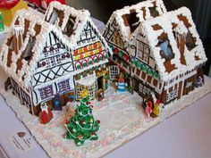 This Snowy Gingerbread Community | Community Post: 25 Amazing Gingerbread Houses