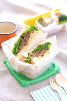 青空の下で食べよう秋のピクニックに持っていきたい彩りサンドイッチレシピ