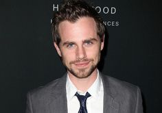 Rider Strong's 18 Best Responses To Tweets About Himself