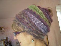 Kopfputz - gestrickter Schal mit Glitzereffekt und Häkelborte zum Turban gewickelt