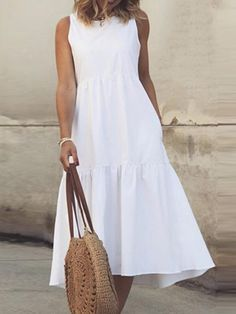 Simple Summer Dresses, White Dress Summer, Casual Summer, Iranian Women Fashion, Neutral Outfit, White Midi Dress, Fashion Dresses, Clothes For Women, White Light