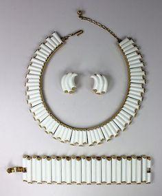 Trifari Lucite Necklace Bracelet Earrings Set Geometric c1950s