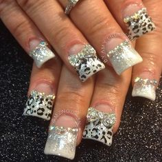 Animal Print, Glitter, and Bling Nails Chorme Nails, Get Nails, Fancy Nails, Bling Nails, Love Nails, Glitter Nails, Acrylic Nails, Silver Nails, Fabulous Nails