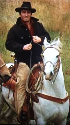 James Drury The Virginian on Joe Old Western Movies, Cowboy Horse, Cowboy Baby, Doug Mcclure, Clint Walker, James Drury, Childhood Tv Shows, Hot Cowboys, The Virginian