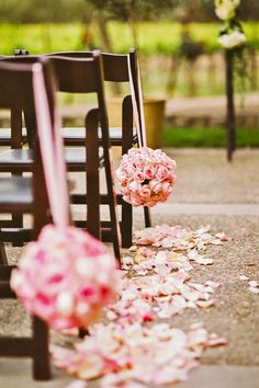 wedding aisle decoration ideas via danielle poff photography / http://www.himisspuff.com/outdoor-wedding-aisles/3/