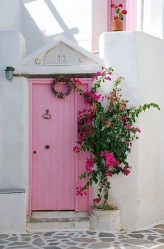 Pretty in Pink Door house in Paros , Greece Cool Doors, The Doors, Unique Doors, Windows And Doors, Front Doors, Front Entry, Garage Doors, Pretty In Pink, When One Door Closes